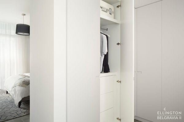 Ellington_Belgravia II_Model Suite_Closet